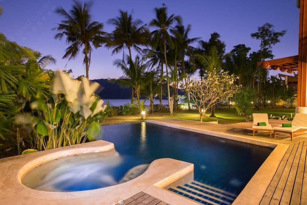 海景别墅的晚餐,泰国甲米的一次温馨之旅