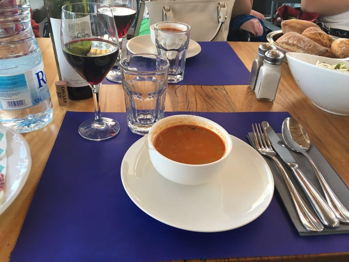 西班牙人的饮食习惯_避雷方针!一定要注意在巴塞罗那旅游的这些事宜-第六感度假